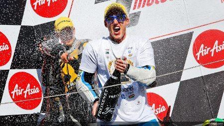 Espargaró comemora a vitória e o título antecipado em Montegi