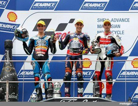 Pódio da Moto3™ em Sepang com Rins, Salom e Oliveira