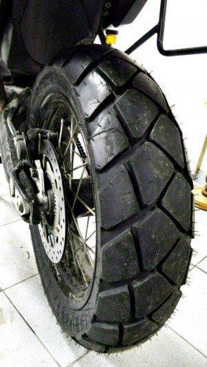 Cada tipo de pneu tem suas características e comportam-se diferentemente sob chuva