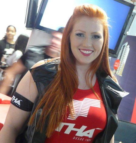 Vai encarar uma queda de braço com ela? Esta é uma das atrações para o público do Brasil Motorcycle Show