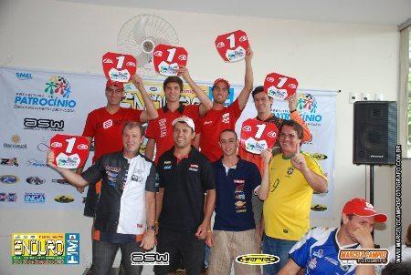 Os campeões de Enduro FIM de 2013