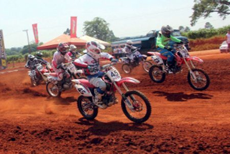 Campeonato Leste Paulista de Motocross termina e mostra seus campeões de 2013