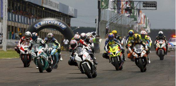 Campeonato Brasileiro de Motovelocidade 2014 começa neste final de semana