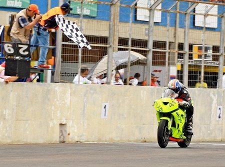 Maxi Gerardo, uruguaio vencedor da corrida da GP 600 em Campo Grande