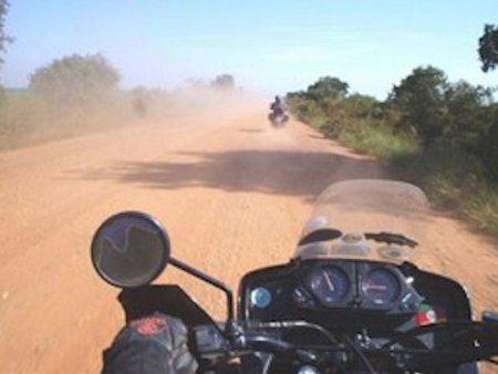 A poeira pode ser um grande complicador nos passeios off-road