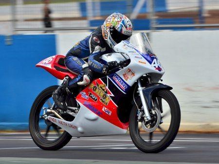 Lucas Torres venceu a Honda Júnior Cup