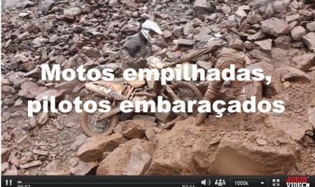 video-motos-empilhadas