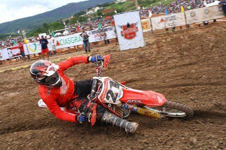 Wellington Garcia fatura o caneco da MX1 na Copa Minas Gerais de Motocross