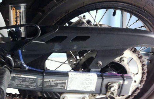 Fpacil de instalar e o óleo pode ser o mesmo que você utiliza no seu motor.