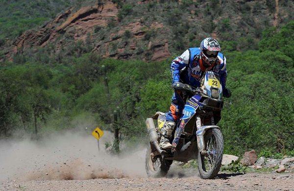 O francês Alain Duclos foi o vencedor da 6ª etapa do Dakar 2014