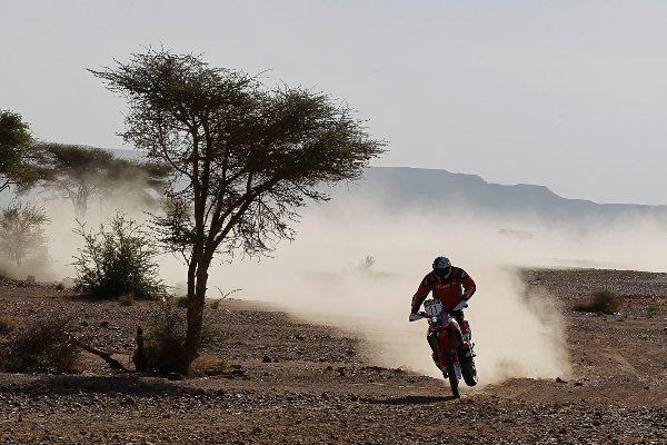 Felipe Zanol disputando o Rally do Marrocos em outubro de 2012 - foto de Jorge Cunha