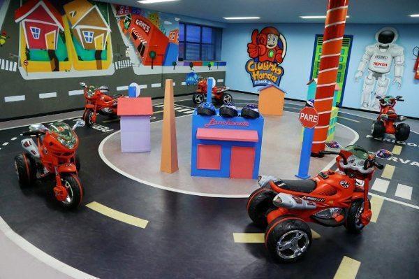 Centros educacionais da Honda treinam 78 mil pessoas em 2013