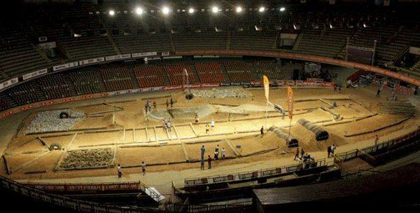 Arena montada em Belo Horizonte para a etapa brasileira do Mundial de Super Enduro