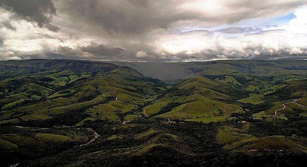 A Serra da Canastra será palco da primeira etapa do Brasileiro de Enduro FIM - foto: Wikipédia