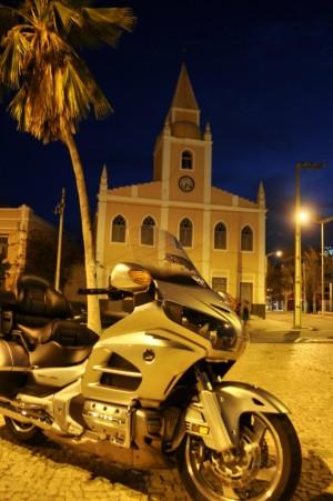 Centro da cidade ao por-do-sol