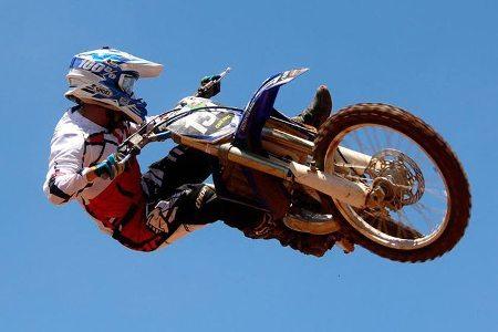 """A melhor """"entortada"""" na Copa IMS de Motocross será premiada"""