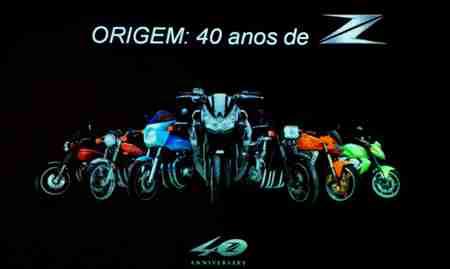 Quarenta anos de Kawasaki - Linha Z. Versão comemorativa tem conceito Sugomi, inicialmente implementado na Z800