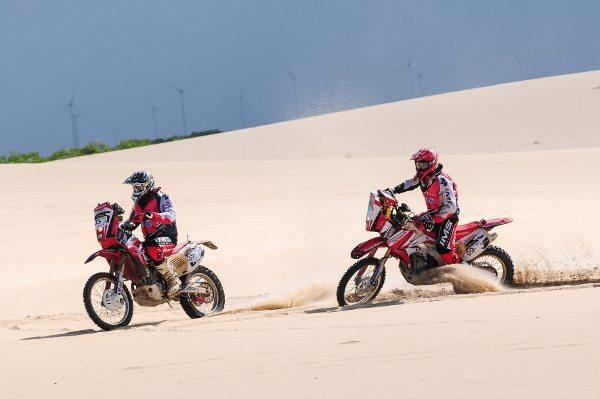 Não faltou areia no primeiro dia do Rally RN 1500 2014 - foto de Doni Castilho