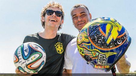 Valentino Rossi esteve com Cafu em recente visita relâmpago ao Brasil