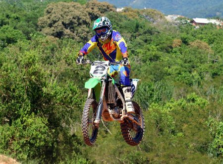 Chumbinho disputa o Catarinense de Motocross