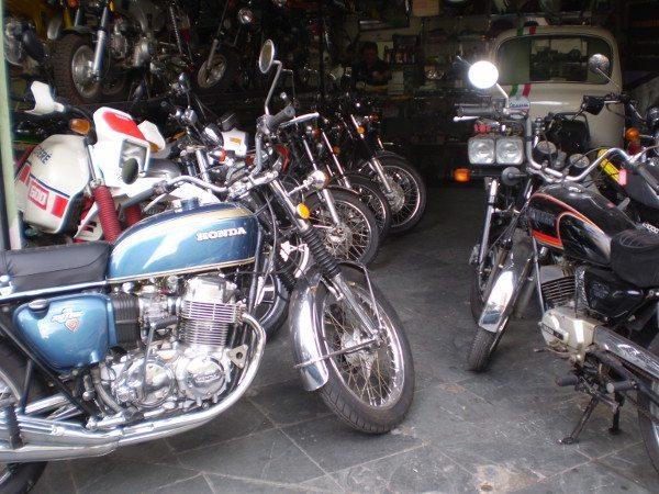 Muitas Honda CB da década de 70, motos que fizeram história