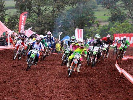 3ª etapa do Gaúcho de Motocross em Três de Maio