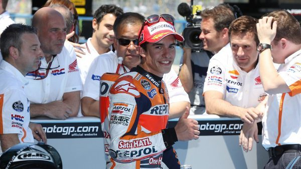 Marc Márquez renova contrato com a Honda HRC até 2016