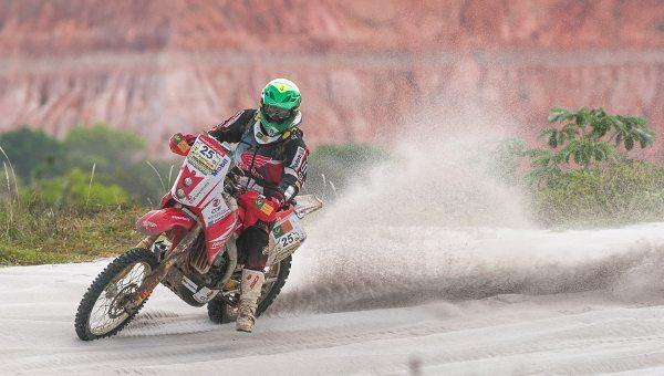 Fortes chuvas reduzem de três para uma as etapas do Rally do Velho Chico 2014