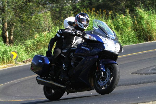 Tecnologia específica aplicada para pneu traseiro de motos Gran Touring