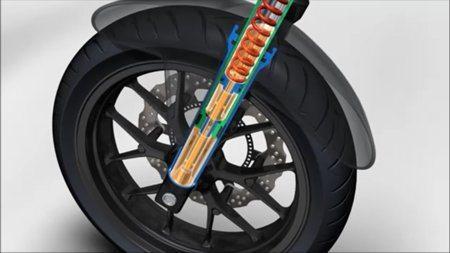 Suspensão dianteira com curso aumentado em 20mm também modifica a geometria para melhor estabilidade em piso ruim