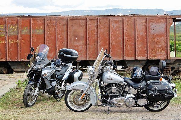 Uma custom e uma bigtrail: não importa a moto, todos podem fazer o ROTA CE
