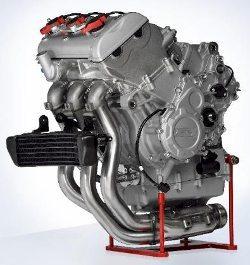 Motor tricilíndrico de 798 cc e 125 CV