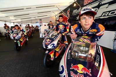 Os pilotos da Red Bull MotoGP Rookies Cup têm entre 14 e 17 anos