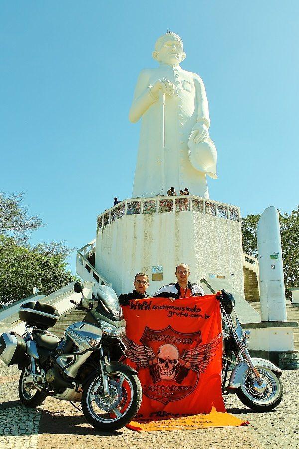 Em Juazeiro do Norte sob as bênçãos de Padre Cícero (foto: Ricardo Carvalho, Anonymous MG)