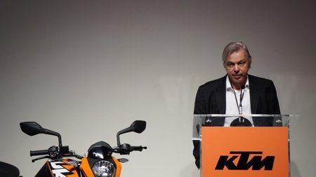 Presidente da Dafra-Creso Franco anuncia a assinatura do novo contrato com a KTM