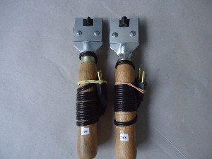 Ferramenta utilizada para frisar pneus