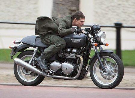 Moto utilizada por Tom Cruise no cinema está em Curitiba