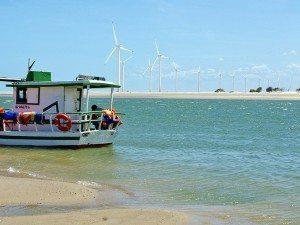 Passeio de barco pela Foz do Rio Jaguaribe