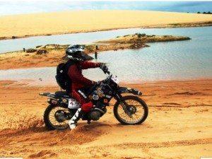 O motocross, aliado ao Kite Surf fazem dessa viagem mais que um passeio