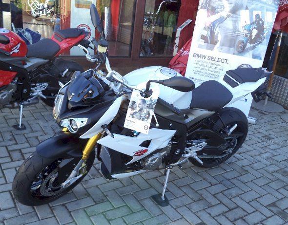 Vendas projetadas em  20 unidades da S 1000 R em 2014 ...