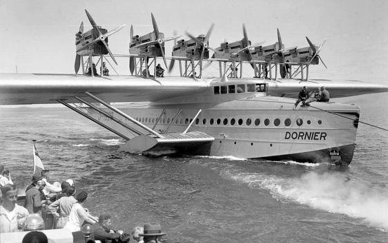O navio voador que pousou em Camocim (arquivo histórico da expedição)