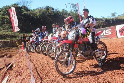 Neste final de semana tem motocross em Extrema (MG)