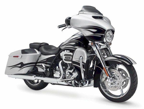 Harley-Davidson CVO™ Street Glide 2015