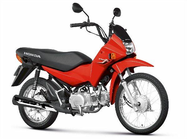 Honda Pop 100, uma das seis motocicletas mais vendidas no país