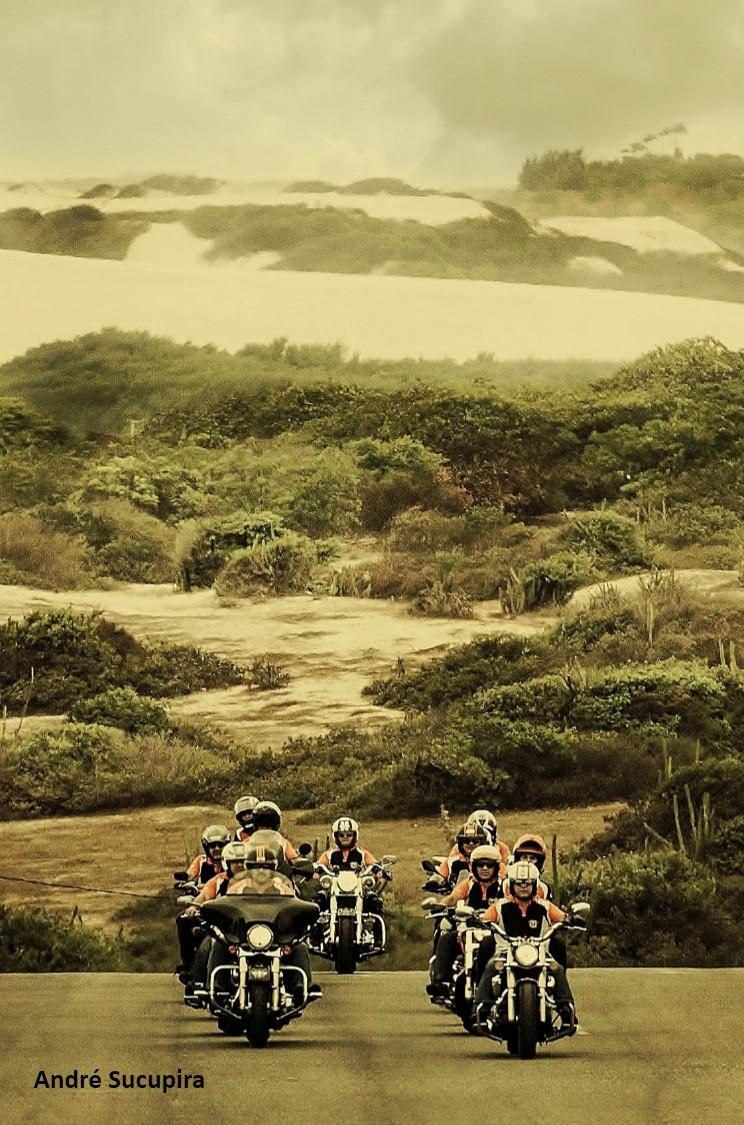 O bom motociclismo começa a partir do exemplo do seu grupo.