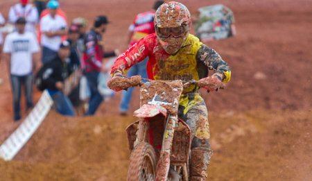 Quem saltar mais longe ganhará prêmios na 4ª etapa da Copa Minas Gerais de Motocross