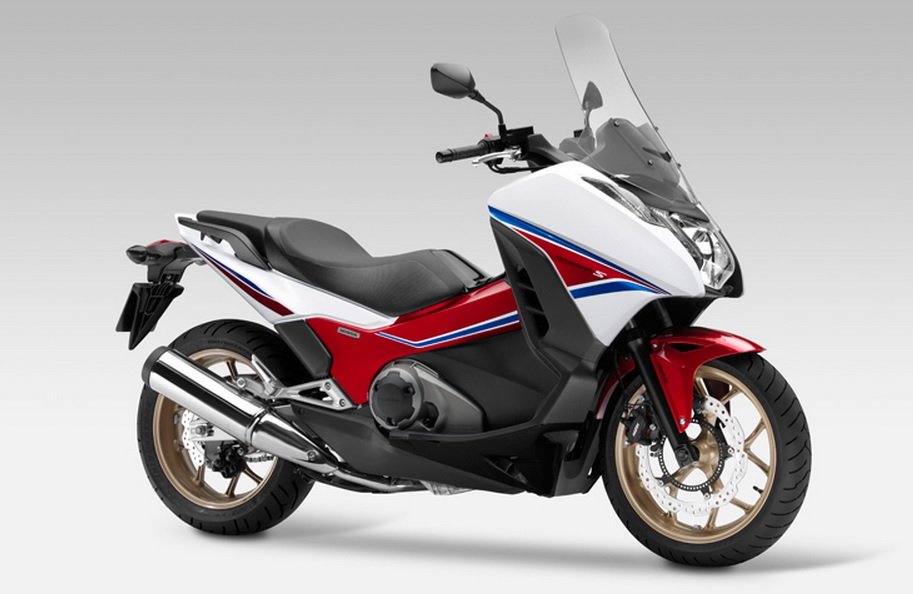 Integra 750, opção da Honda para concorrer com Suzuki, BMW e Yamaha