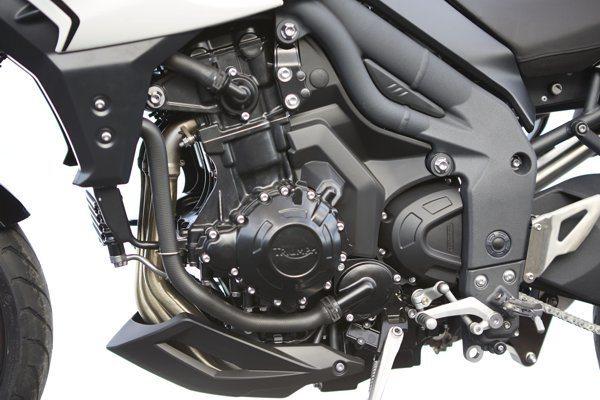 Mecânica da Tiger Sport tem a sua base na Speed Triple mas foi ajustada ao tema do produto