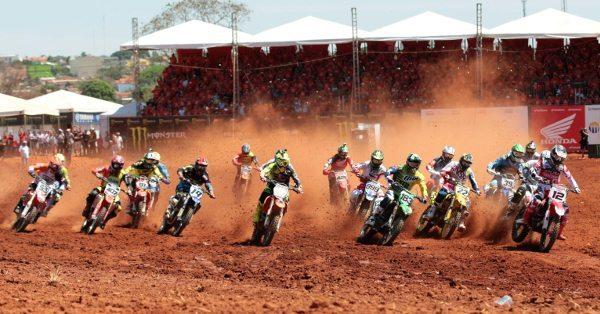Trindade (GO) foi palco da segunda prova brasileira do Mundial de Motocross 2014