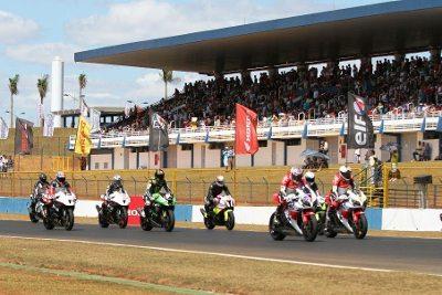 Autódromo de Curitiba recebe a 6ª etapa do SuperBike Series Brasil 2014